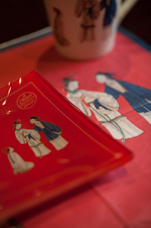 红楼梦-金陵十二钗 之王熙凤 玻璃方盘 + 马克杯+纸巾 (8)_副本_副本.jpg