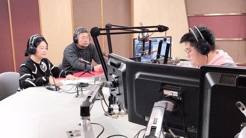 宁波广播频率群总监毛洲英畅谈节目打算.jpg